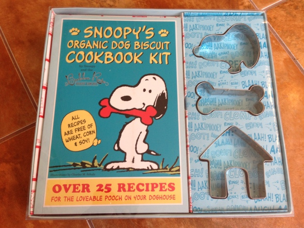Snoopy's Organic Dog Biscuit Cookbook Kit